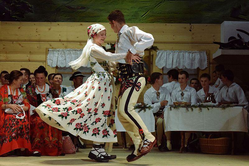 Weselne tradycje w polskiej kulturze
